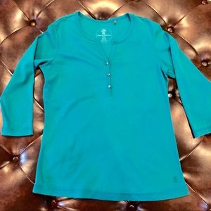 Tommy. Bahama 3/4 sleeved shirt.